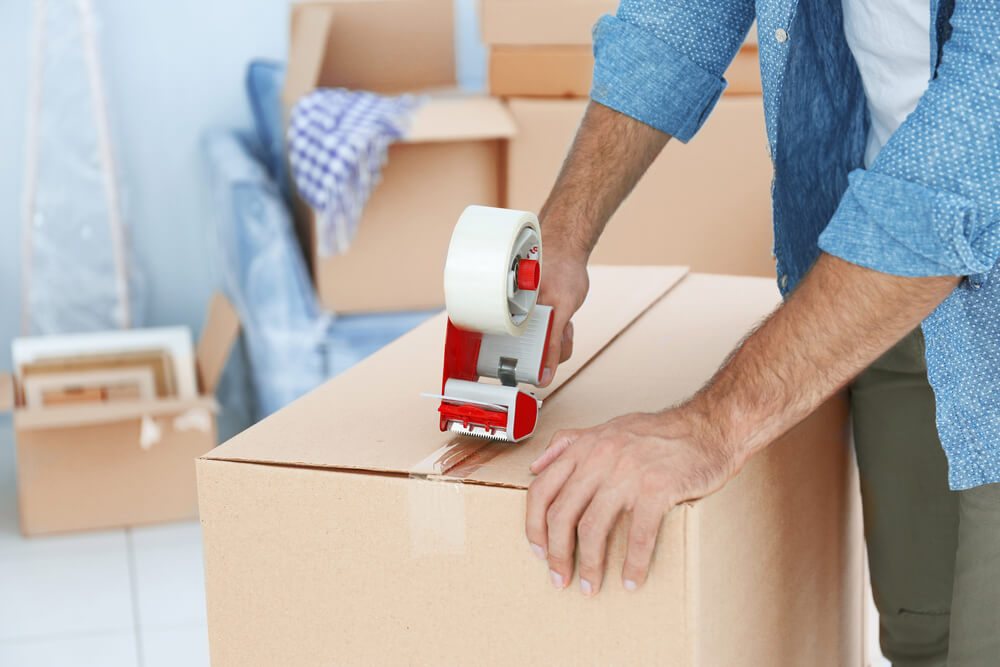 Guide to the Best Kinds of Tape for Moving and Packing Boxes
